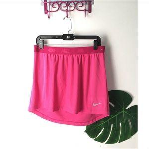 Nike~ Active wear skirt